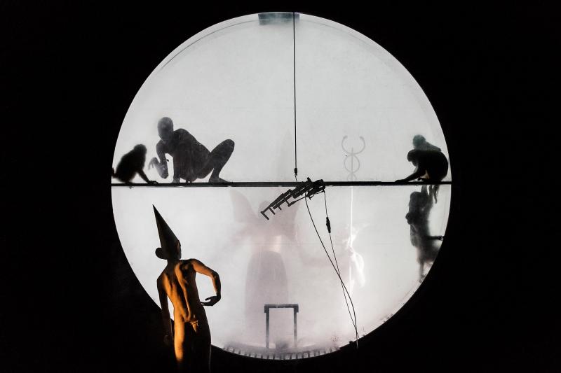 """Socìetas Raffaello Sanzio, """"Orestea (una commedia organica?)"""", 2015 Socìetas Raffaello Sanzio, """"Orestea (una commedia organica?)"""", 2016 (ph Guido Mencari)"""